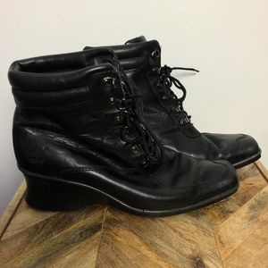 Timberland Hill Black Wedge Ankle Booties